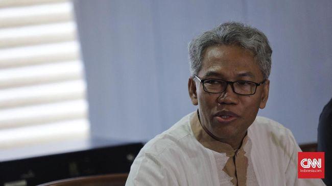 Dua alumni 212, Buni Yani dan Neno Warisman, resmi bergabung dengan Partai Ummat meski bukan sebagai pengurus.