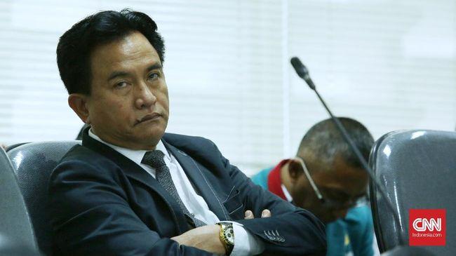 Pencopotan Wakil Rektor Trisakti Yuswar Zainul Basri oleh Menristek Dikti akan digugat oleh Yusril Ihza Mahendra ke PTUN.