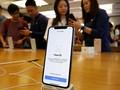 Dibongkar, iPhone X Diketahui Dipasok Dua Baterai