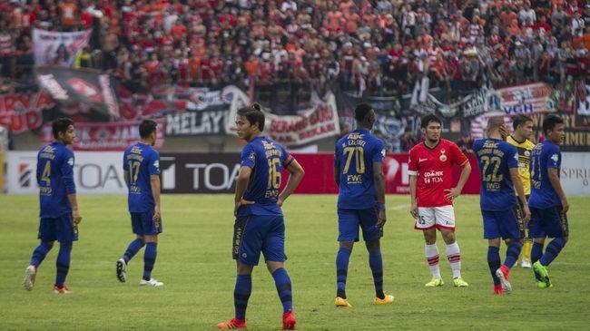 Operator kompetisi Liga 1 PT Liga Indonesia Baru (PT LIB) tidak mengizinkan pertukaran status kandang laga Persija Jakarta kontra Persib Bandung di Liga 1 2018.