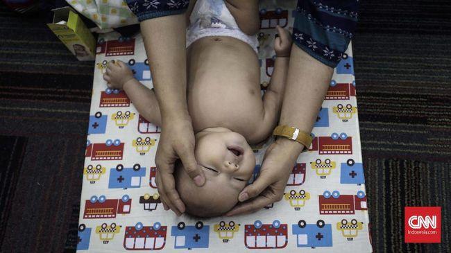 BPJS Kesehatan mewajibkan pendaftaran bayi yang baru lahir dari peserta jaminan kesehatan paling lambat 28 hari sejak dilahirkan.