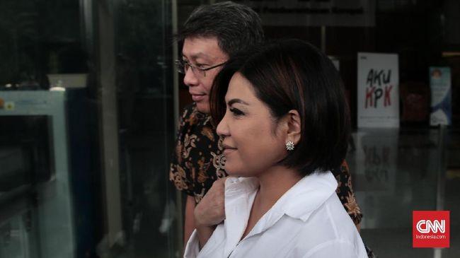 Pengusaha kapal meminta Presiden Jokowi membatasi investasi asing dalam sektor perkapalan karena mengganggu mereka.