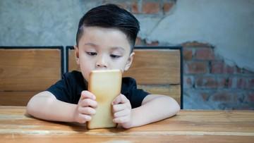 Memantau Konten yang Diakses Anak di Gadget Juga Penting, Bun