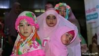 <p>Para peserta hijab hunt kids bersiap naik panggung nih. </p>
