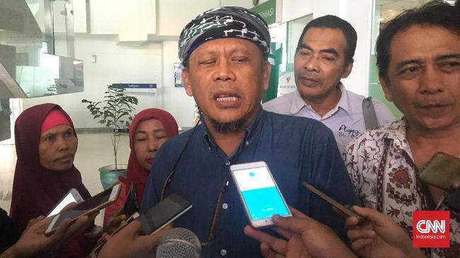 Tim Penasehat Alumni 212 Eggi Sudjana meminta Ali Mochtar Ngabalin tidak mengklaim sebagai perwakilan ormas Islam dan Alumni 212 di lingkaran Istana.