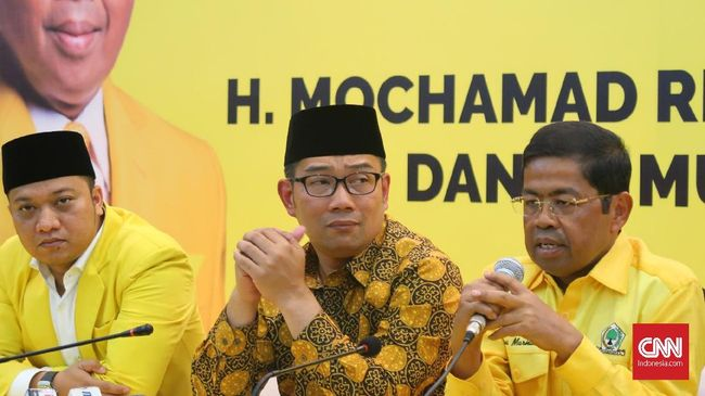Sebelumnya, DPP Partai Golkar mencabut dukungan Ridwan Kamil sebagai calon gubernur dalam Pemilihan Gubernur Jawa Barat (Pilgub Jabar) 2018.