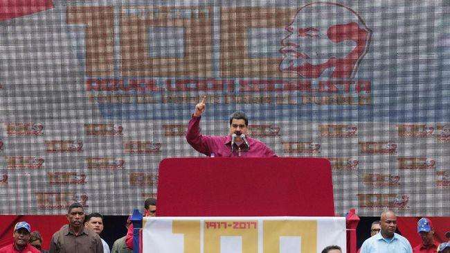 Presiden Venezuela Nicolas Maduro mengumumkan kenaikan upah minimum di negaranya sebesar 40 persen berlaku mulai Januari 2018.
