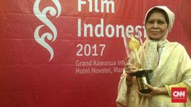 Budiyati Abiyoga Penerima Lifetime Achievement Award FFI 2017