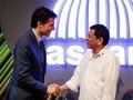 Trudeau Angkat Isu HAM saat Bertemu Duterte di KTT ASEAN
