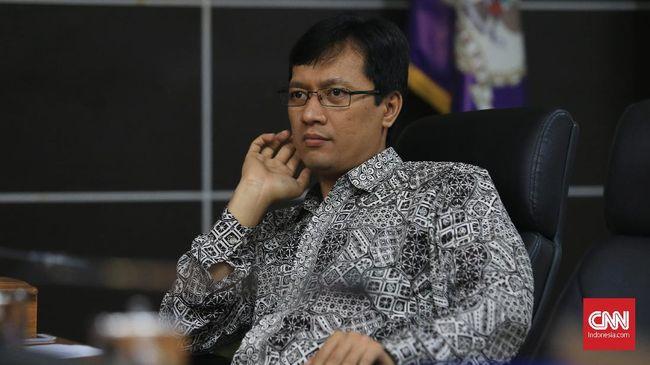 Komisioner Komnas HAM periode 2017-2022  Munafrizal Manan saat memperkenalkan diri di Kantor Komnas HAM, Jakarta Pusat, Selasa, 14 November 2017. CNNIndonesia/Safir Makki