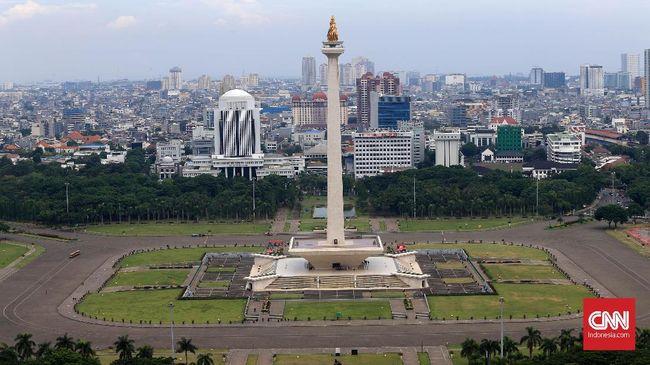 Sukarno berulang kali menggelar sayembara desain Monas demi mewujudkan tekad memasukkan lingga-yoni, lambang alat vital manusia, simbol kesuburan Indonesia.