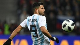 Gabung Barcelona, Aguero Masa Bodoh Soal Messi