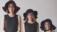 <p>Adalah Dominique Davis (31) bersama kedua putrinya, Penny (4) dan Amelia (11) yang hobi bikin foto bersama. (Foto: Instagram @allthatisshetagram)</p>