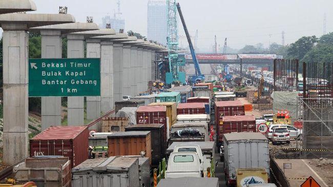 Pembatasan angkutan barang efektif berlaku pada 22 Desember pukul 00.00 WIB hingga 23 Desember pukul 24.00 WIB selama musim libur Natal.