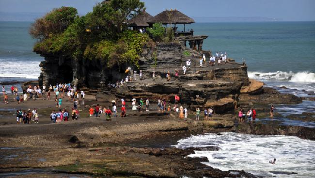 Status Gunung Agung Diturunkan, Bali Siap Sambut Wisatawan