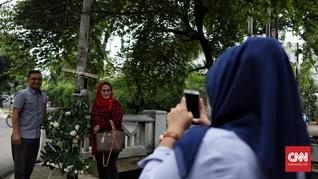 Tiang Lampu Setnov jadi Wisata Baru di Selatan Jakarta
