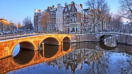 Amsterdam Larang Sewakan Rumah untuk Turis di Kota Tua
