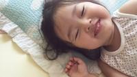 <p>Lagi flu, tapi tetap happy! (Foto: Instagram @1004yul_i)</p>