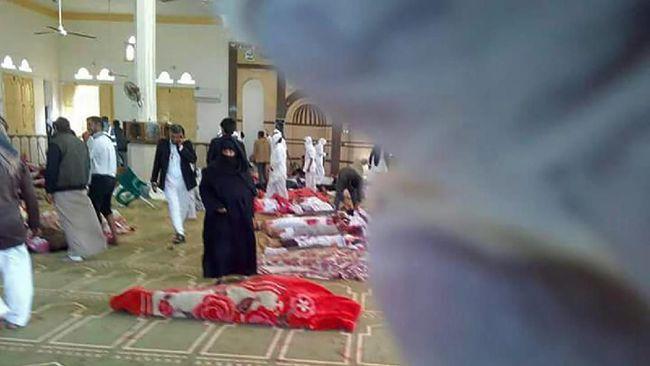 Kejaksaan Mesir menyatakan pelaku serangan teror di Mesjid Rawdah, Sinai Utara membawa bendera milisi negara Islam (ISIS).