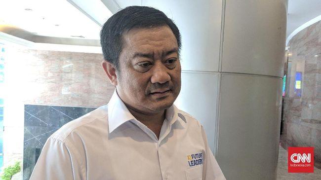 Mohamed Adlan bin Ahmad Tajudin mengundurkan diri dari posisi Direktur Keuangan PT XL Axiata Tbk pada Senin (24/8).