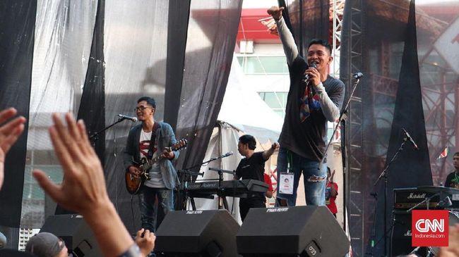 Band era 90-an, D.O.T mengaku demam panggung ketika muncul lagi di The 90's Festival, Sabtu (25/11).