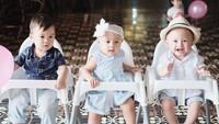 <div>Di acara ulang tahun si kembar Tatjana dan Bima, Kanaka anak Bunda Tya Ariestya datang juga, lho! (Foto: Instagram @tatjanadanbima)</div>