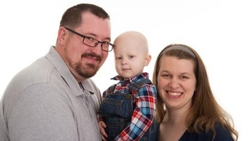 Semangat Bocah 2,5 Tahun yang Sukses 'Kalahkan' Kanker Stadium 4
