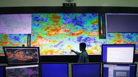 BNPB Ingatkan 9 Provinsi Waspada Siklon Tropis Surigae