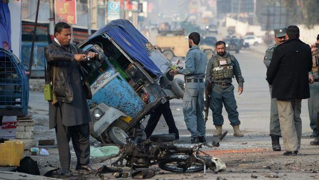 3 ledakan terjadi di Kota Jalalabad, Afghanistan, yang merupakan basis kelompok ISIS-Khorasan, musuh bebuyutan Taliban.