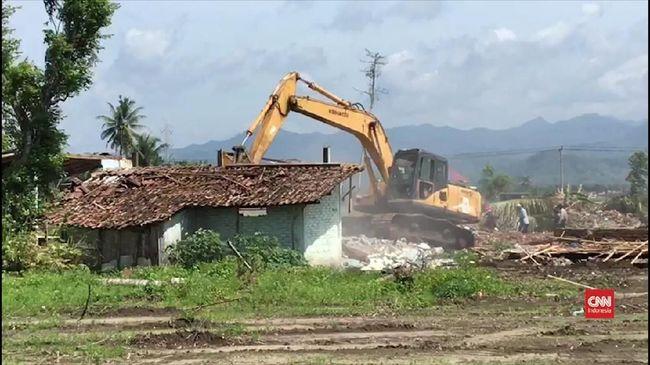 PT Angkasa Pura I dinilai telah mengabaikan tiga hal mendasar dalam pengosongan lahan dan rumah warga untuk pembangunan bandara internasional di Kulon Progo.