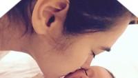 <p>Momen saat Alexandra pertama kali bertemu sama Carle. (Foto: Instagram/@got_alex)</p>