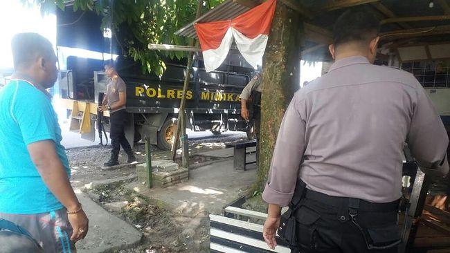 Polres Mimika sudah menangani dugaan ancaman Brigadir DS kepada wartawan. Besok DS akan diterbangkan ke Jayapura untuk pemeriksaan oleh Propram Polda Papua.