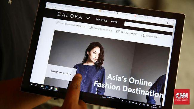 Perusahaan e-Commerce, Blibli.com mencatatkan penjualan naik tiga kali lipat, sedangkan Zalora mencatatkan penjualan baju muslim naik hingga 25 kali lipat.