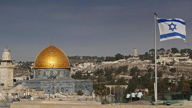 Kamar Dagang dan Industri Indonesia menyatakan tidak mengirim rombongan ke Israel untuk menjajaki peluang bisnis.