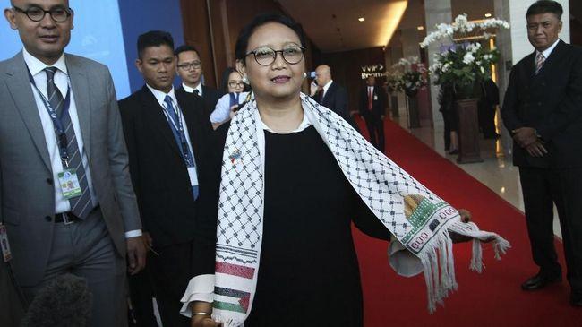 Indonesia mengimbau agar dunia Islam yang tergabung dalam Organisasi Kerja Sama Islam (OKI) bersatu mendukung Palestina.