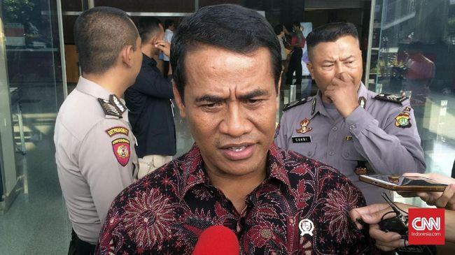 Menurut Mentan Amran Sulaiman, Tengku Munirwan yang ditangkap karena mengembangkan benih padi IF8 tanpa sertifikat bukanlah petani, melainkan pengusaha.