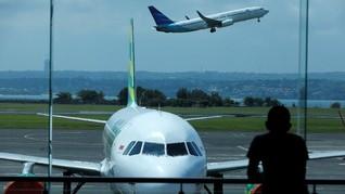 Abu Erupsi Gunung Agung Buat Bandara Ngurah Rai Ditutup
