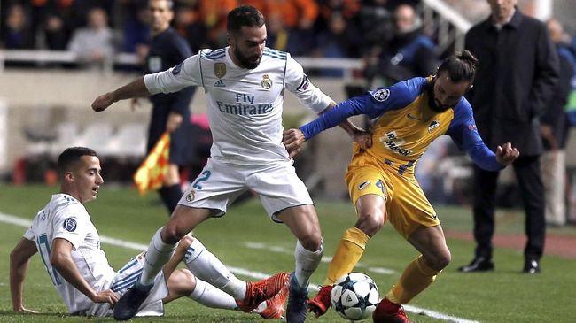 Bek kanan Real Madrid CF, Dani Carvajal tidak bisa tampil pada leg pertama babak 16 Liga Champions, setelah mendapat hukuman dari UEFA.