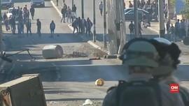 VIDEO: Warga Tepi Barat Bentrok dengan Militer Israel