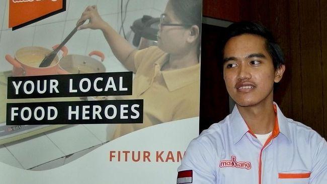 Putra bungsu Presiden Joko Widodo (Jokowi) Kaesang Pangarep bertemu pemilik Bali United, Peter Tanuri.
