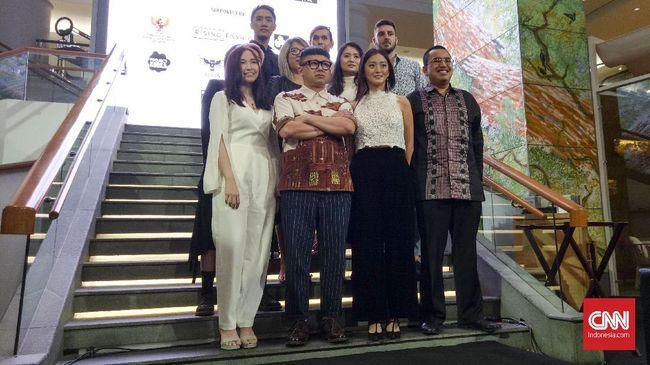 Kali pertama hadir di Indonesia, Digital Fashion Week sebelumnya digelar di Singapura dan Thailand. Pekan peragaan busana ini usung ruang interaksi desainer.