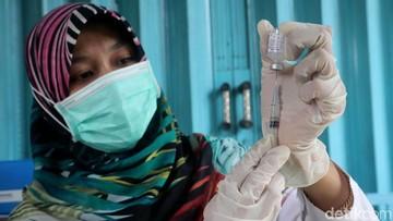 MUI Ajak Masyarakat Tak Ragu untuk Vaksin MR