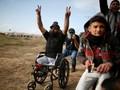 Warga Gaza Makamkan Difabel Demonstran Palestina