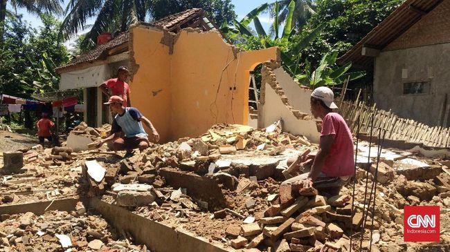 Bangunan yang paling banyak mengalami kerusakan berada di kawasan perumahan di Ciamis.