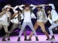 Muramnya Onew SHINee dalam Video Musik 'Blue'