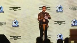 Rindang Pohon Beringin 'di Tangan' Jokowi
