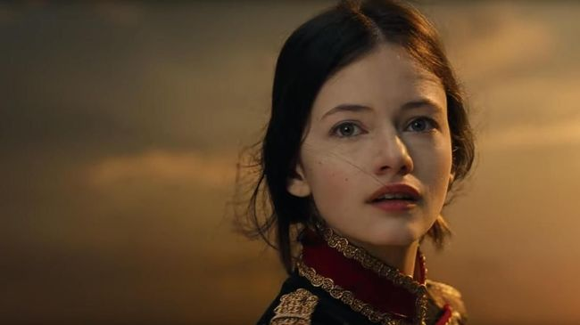 Cuplikan singkat film terbaru Dinsey, 'The Nutcracker and the Four Realms' telah rilis dan menggambarkan petualangan Clara di alam lain.