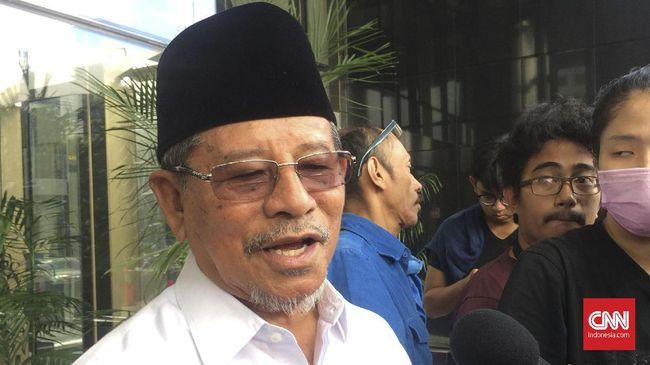 Gubernur Maluku Utara Abdul Gani Kasuba mengaku telah menyurati Presiden Joko Widodo untuk menyampaikan protes penetapan UU Cipta Kerja.