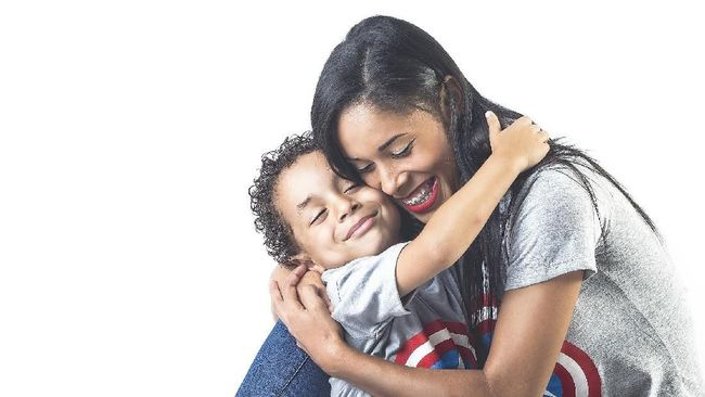 Hari Ibu yang diperingati tiap tanggal 22 Desember pasti punya makna yang berbeda-beda. Apa maknanya buat Anda?