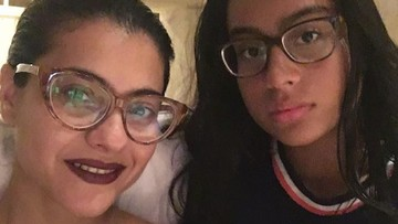 Potret Kedekatan Bintang Bollywood Kajol dengan Buah Hatinya